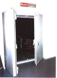 Fabrica de puerta acústica con gran aislamiento acústico y al mejor precio.