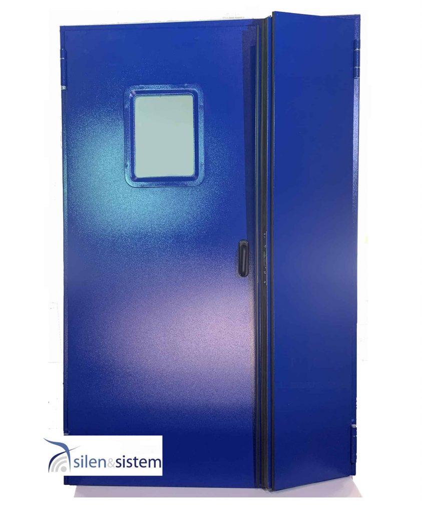 puerta acústica y cortafuegos de color azul