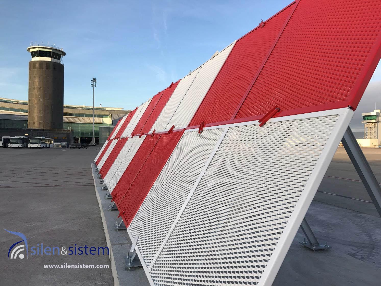 Barrera deflectora de chorro para los aviones en pista JBD con malla protectora en rojo y blanco