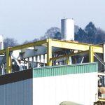Silenciadores acústicas de gran tamaño en fabrica industrial para insonorizar el ruido generado por motores y así evitar el ruido a los vecinos